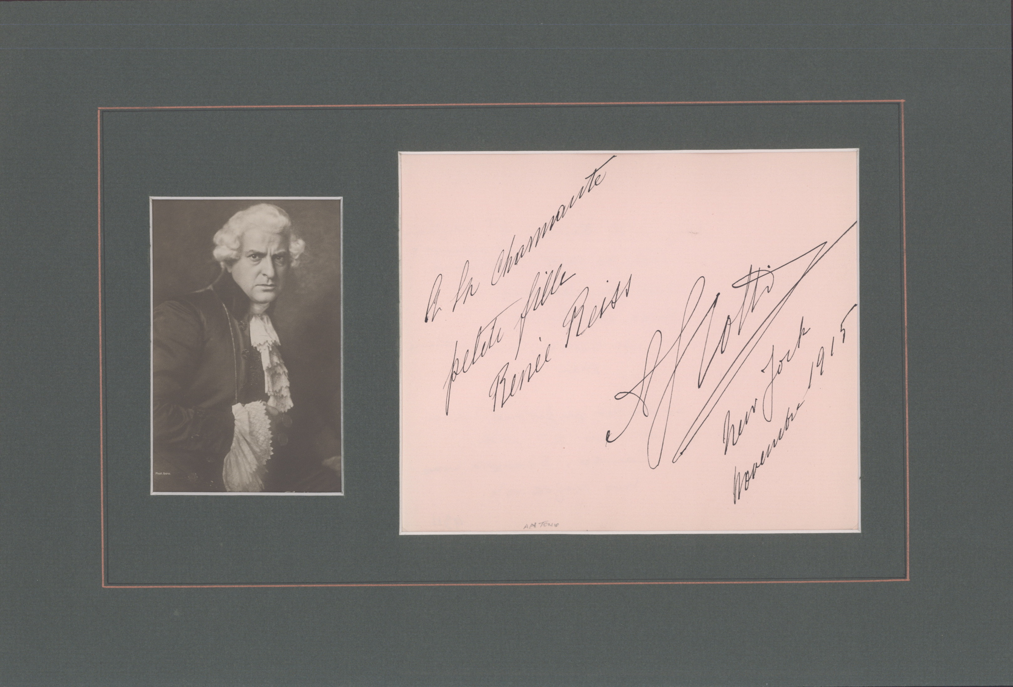 Scotti, Antonio - Ensemble With Signature & Photo As Scarpia. - (2272)