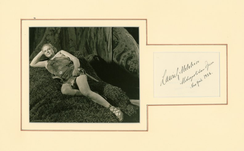 Melchior, Lauritz - Ensemble With Signature And Photograph As Siegfried. - (2279)