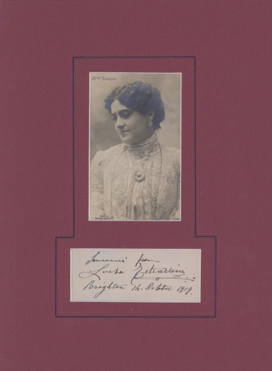 Tetrazzini, Luisa - Ensemble With Signature And Photograph Signed - (2194)