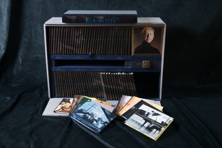 "Rubinstein, Arthur - Deluxe CD Box Set - ""The Arthur Rubinstein Collection"". - (4950)"