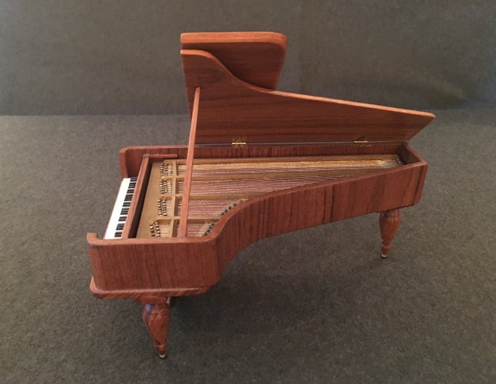 Piano - Miniature Beethoven Piano - Partelow, Ralph - (6816)