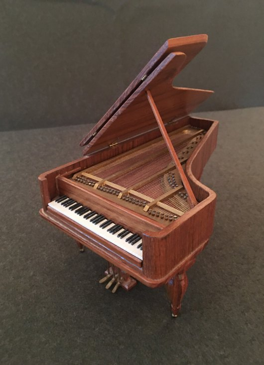 Piano - Miniature Beethoven Piano - Partelow, Ralph - (6813)