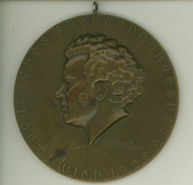 Schubert Centennial - A Medallion And A Commemorative Booklet. - (6961)